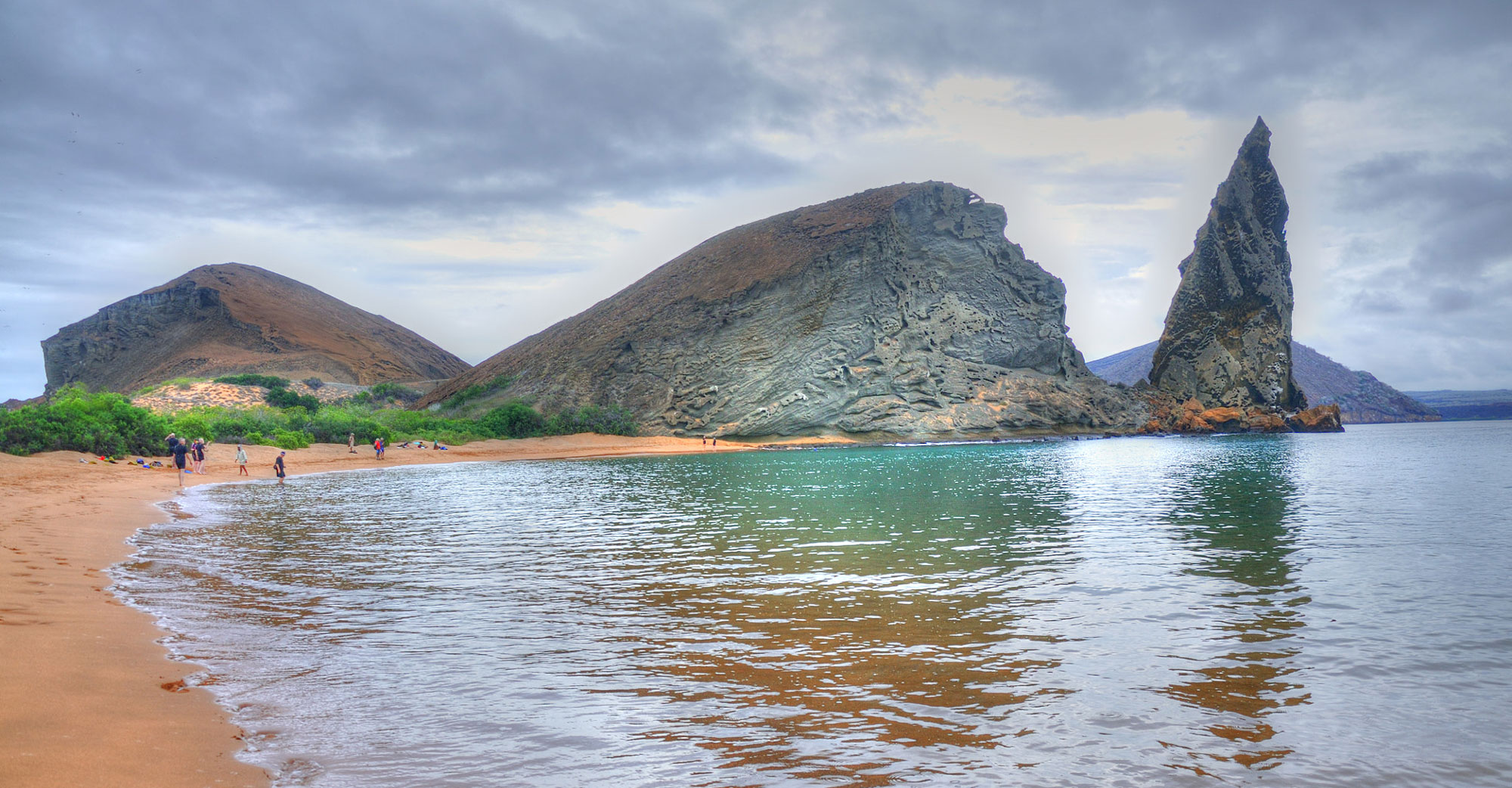 6 Galapagos Islands to Explore by Superyacht